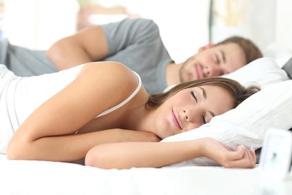 Gut schlafen können mit ätherischen Ölen aus der Aromatherapie